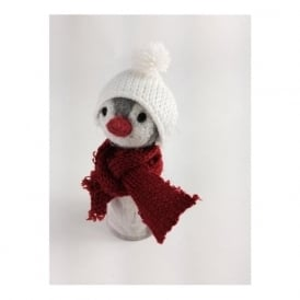5626 Christmas Chilly Penguin in a Woolly Hat